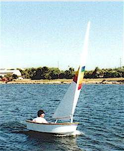Dixi Dinghy stitch & glue plywood boat plans