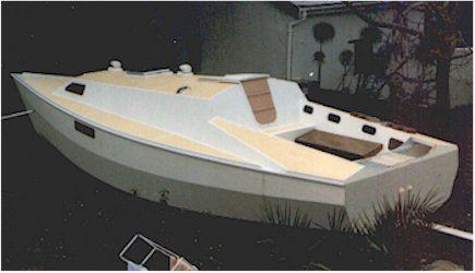 CW975 Plywood multi-chine sloop cruiser racer