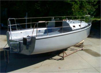Dudley Dix Yacht Design - Aluminum amateur boatbuilding projects