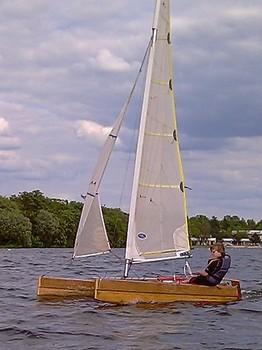 Oppikat training catamaran