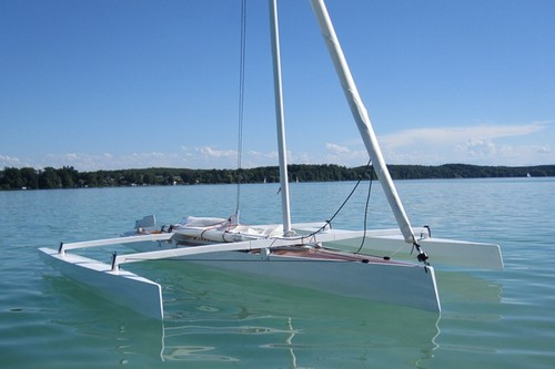 Trika 540 plywood trimaran